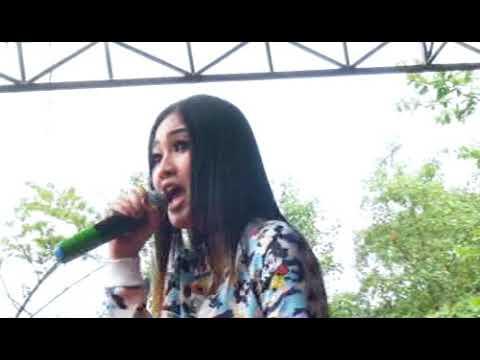 KONCO MESRA - NELLA KHARISMA - SEMONGKO MUSIC Live At Selokambang