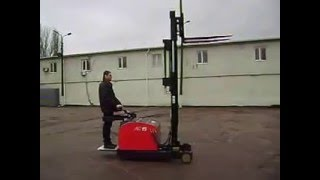 видео электроштабелер