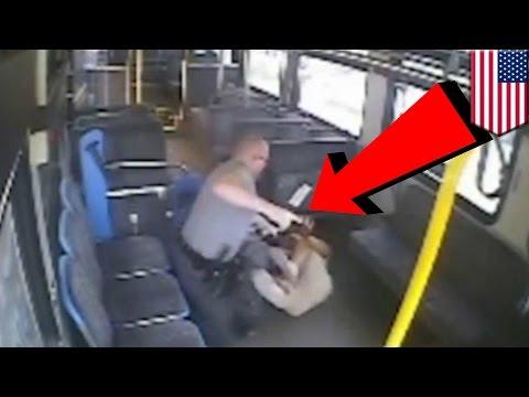 ตำรวจยิงผู้ร้ายบนรถบัส หลังผู้ต้องหาพยายามแย่งปืน