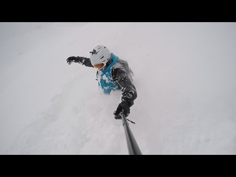 Powder too deep to ride. Zugspitze 19.4.2017