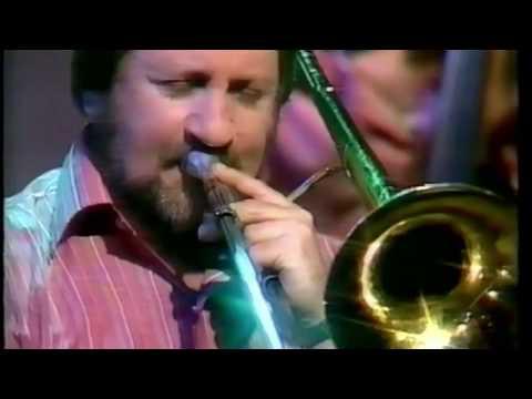 Ken Herron Jazz Band. The On Jazz TV show. Mack the knife