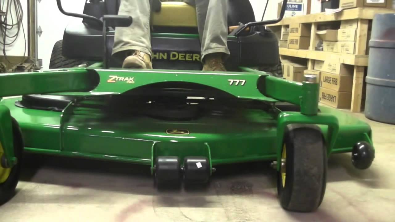 john deere 777 commercial zero turn hydro rider lawn mower kawasaki 72 ztrak  [ 1280 x 720 Pixel ]