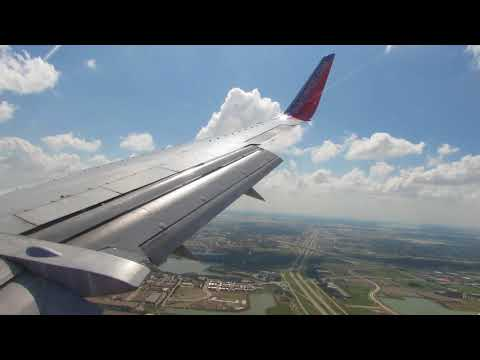 6/13/17 Southwest landing at Dallas Love Field