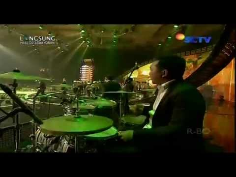 WALI BAND [Yang Penting Halal] Live At SCTV Music Awards 2014 (17-04-2014) Courtesy SCTV