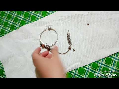 How to clean your Pandora bracelets and charms using baking soda and liquid dishwashing soap :)