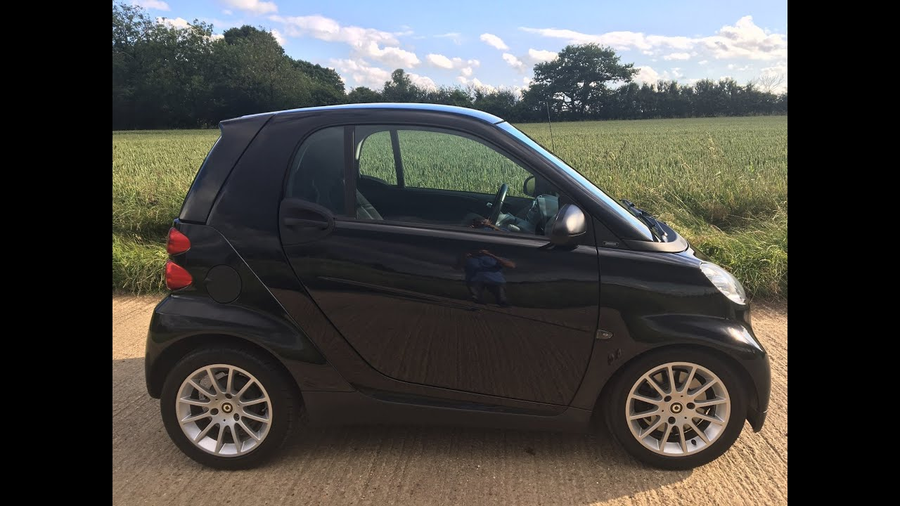 2009 smart car fortwo passion 0 8 cdi diesel video review. Black Bedroom Furniture Sets. Home Design Ideas