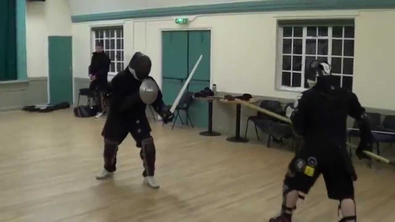 Sparring: Sword vs spear - with bucklers and shields