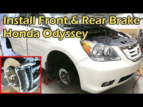 Rear Ceramic Brake Pad Set For Honda Odyssey 2002-2004