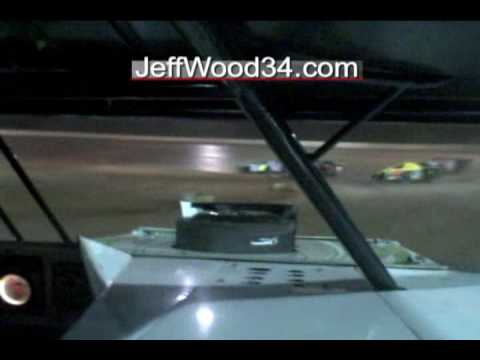Jeff Wood in car video from Skyline Speedway during an AMRA Modified Feature.