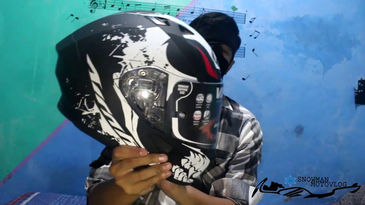 d8bf21c24a6e5 30 Unboxing + Review Helm Airoh Valor Bone - YouTube
