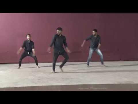 Awaaj Vadhav DJ Tula Aaichi Shapath Song dance