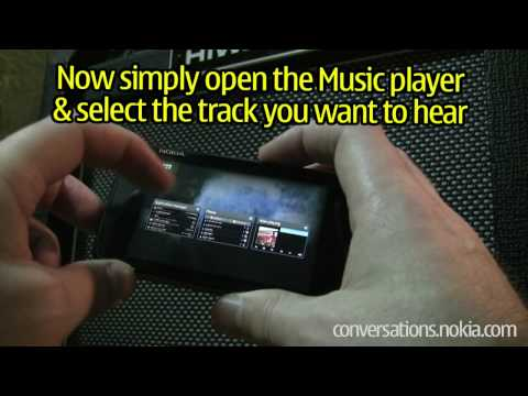N900: Enhance your music with song lyrics