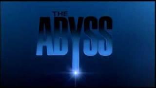 المحطة الرابعة.. جيمس كاميرون كاد أن يتسبب في غرق إد هاريس في The Abyss!