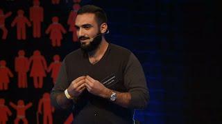 Humor boří hranice | Tigran Hovakimyan | TEDxPrague