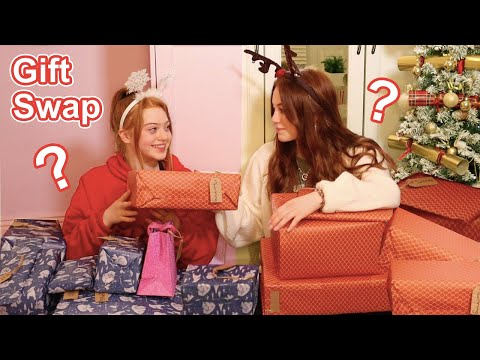 CHRISTMAS EVE Sisters Gift Swap Special *Surprise PRESENT Exchange & GIFT Opening  | Ruby and Raylee
