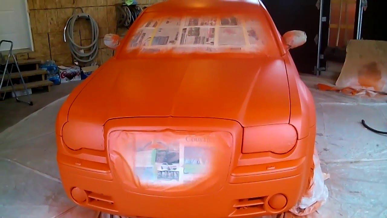 8 11 chrysler 300c 2005 5 7 l hemi peinture hemi orange. Black Bedroom Furniture Sets. Home Design Ideas
