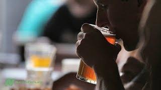 Může alkohol způsobovat rakovinu?