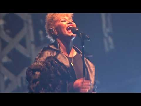 Emeli Sandé - New Song, Little bit Longer? - Lotto Arena Antwerpen 2017