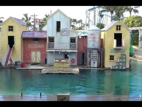 3 days at Theme park, Queensland part 1 of 2