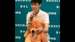 doctor jeab lalana s event for bausch lomb for free hug 1 2