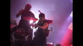 Twenty One Pilots Holding On To You Live At O2 Shepherd S Bush Empire