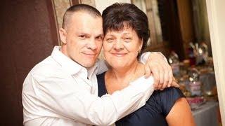 кирпич любит свою маму!