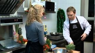 Бренд шеф ресторанного холдинга раскрывает секреты праздничных блюд.