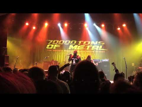"""Sepultura """"Desperate Cry"""" Live 70,000 Tons Of Metal 