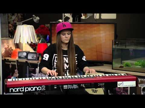 Jenny Kaufmann - Uptown Funk (Piano Cover)