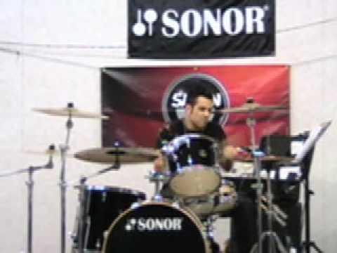 Drummer Rich Redmond Demonstrates 'Money Beat 1'!!!