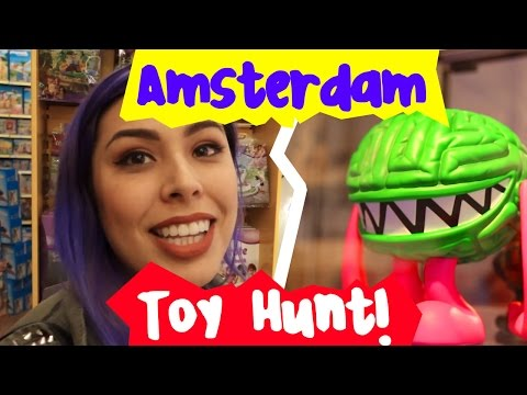 Minecraft, Lego Madness, Simpsons! - Amsterdam Toy Hunt!