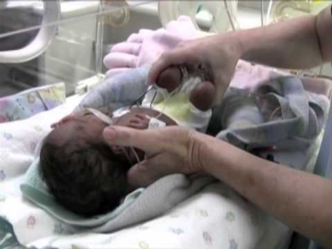 Positioning in Supine  / Positioning NICU patients with The Zaky / Instructional Video