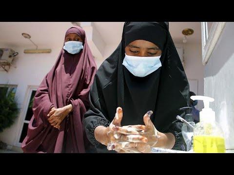 فيديو: شبح فيروس كورونا يثير مخاوف الصوماليين ويزيد من احتمالات معاناتهم…  - نشر قبل 5 ساعة