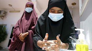 فيديو: شبح فيروس كورونا يثير مخاوف الصوماليين ويزيد من احتمالات معاناتهم…
