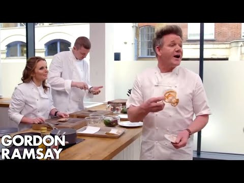 Gordon Ramsay Tries To Teach A Spice Girl How To Cook Scallops