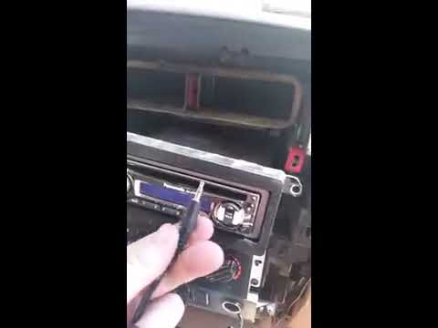 How to give a regular car cd player an aux cord (RCA to Headphone jack cable)