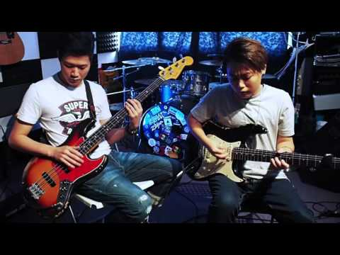 Red Hot Chili Peppers - Tell Me Baby - Bass & Guitar Cover by Otho KH SHAM & Jonathan LAI