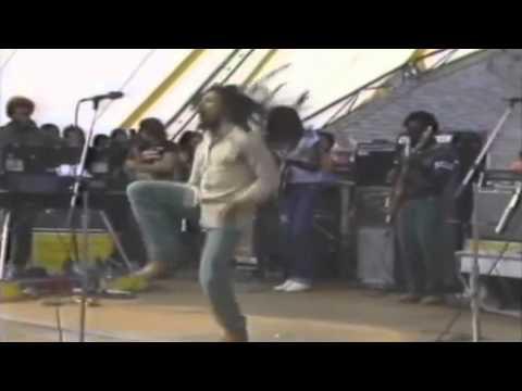 Bob Marley Dançando