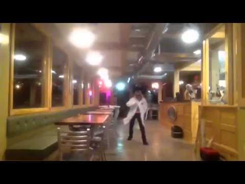 Superb Sofa King Juicy Burger Dance :P