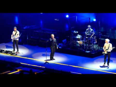 "U2 / 4K / ""One"" (Live) / United Center, Chicago / June 28th, 2015"