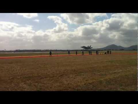 Avalon International Air Show Trade Show 2013 - 4 F/A-18F Super Hornet Jets Landing