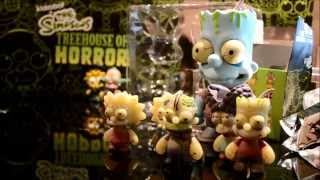 Simpsons X Kidrobot Treehouse of Horrors Mini Series and Family 5-Pack unboxing + Review