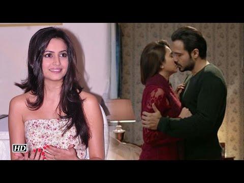 Kriti Kharbanda's REACTS On Kissing Emraan...