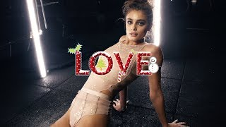 10th December | Taylor Hill by Phil Poynter | Love Advent 2017