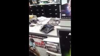 Gamestop Tour #4! (guy Trades In Ps3 )