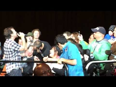 Pearl Jam  Last Kiss  Oakland,CA 11262013 Oracle Arena