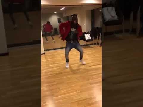Frenna&  diquenza -vervloekt dance by starboyelly