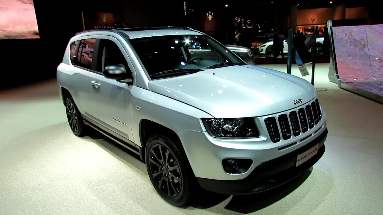 2013 jeep compass limited diesel exterior and interior walkaround 2012 paris auto show youtube. Black Bedroom Furniture Sets. Home Design Ideas