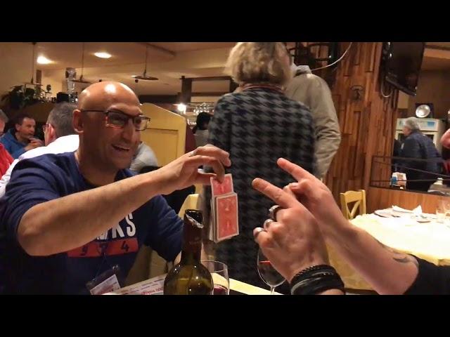 vidéos, Vidéos live en impromptue – Tour de magie, Fred Ericksen • Magicien Lyon • Conférencier mentaliste, Fred Ericksen • Magicien Lyon • Conférencier mentaliste