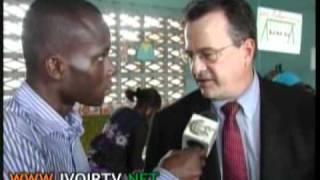 L'UNICEF au secours de l'ecole ivoirienne; distribution de kits scolaires au groupe scolaire sogefiha a Yopougon